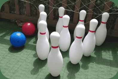 Taller de juegos de feria en el parque de los Toruños
